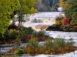 From The Crisp Point Lighthouse To Picturesque Tahquamenon Falls Natures Glory Shines Make Sure Bring Your Camera Any Time Of Year
